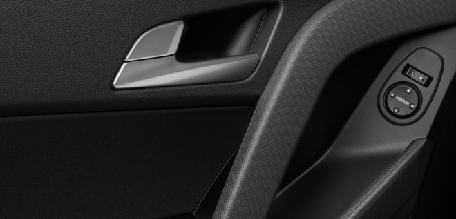 Дверь внутри автомобиля