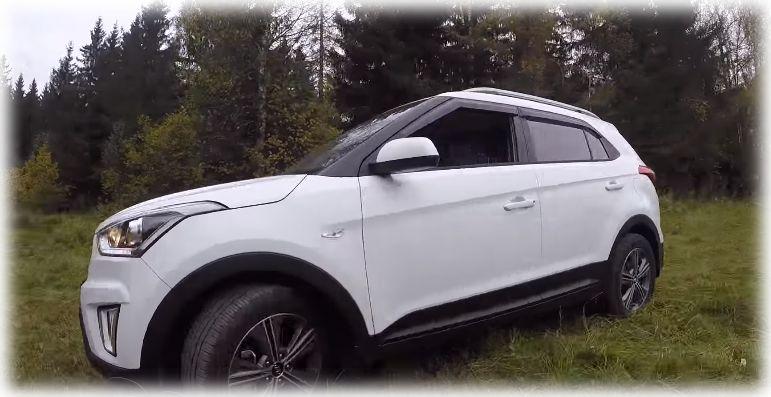 Hyundai Creta в лесу