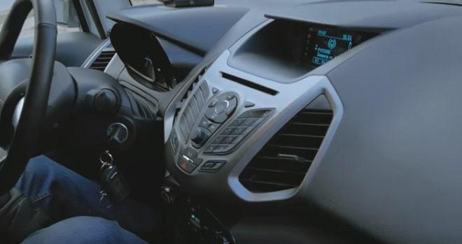 Штатная магнитола Форд Экоспорт